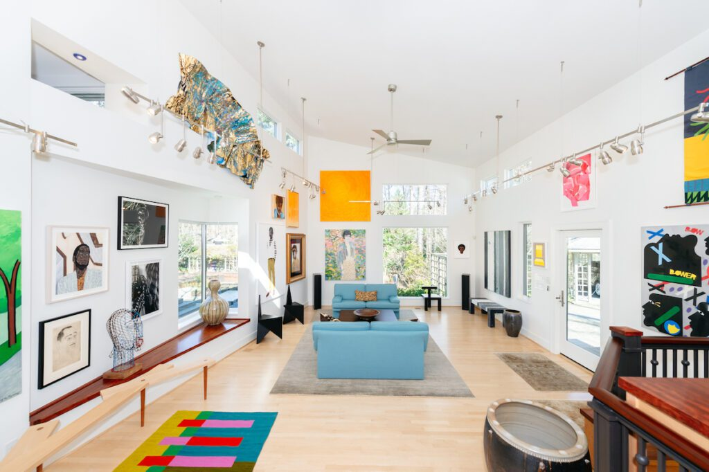 Modernist homes in Durham – sunny room